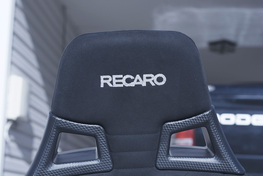 evo x recaro front seats with 08 rails nova 1300. Black Bedroom Furniture Sets. Home Design Ideas