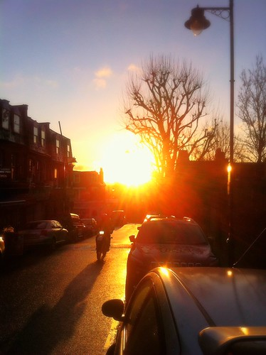 street city morning winter light urban cold london sunrise view rays fiery eastlondon northlondon
