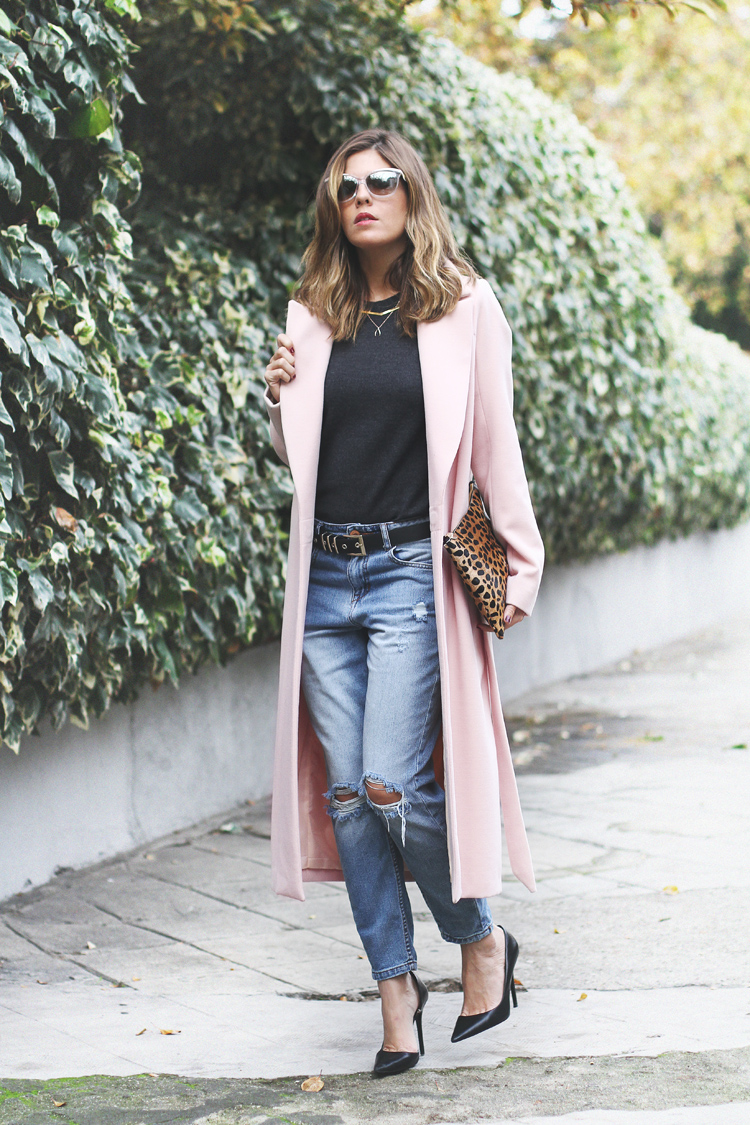 Pink Coat Ester Bellon