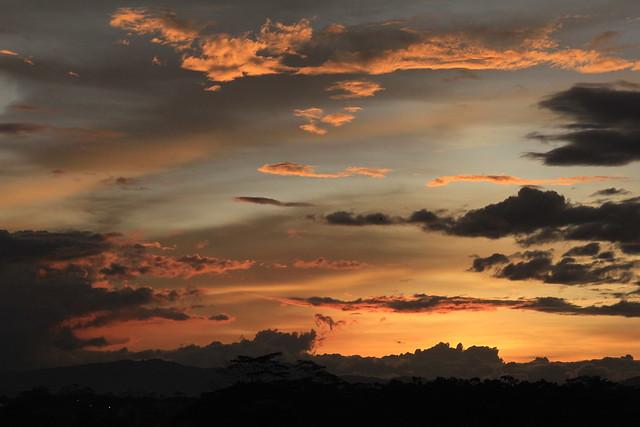 Awan di Padalarang (4)