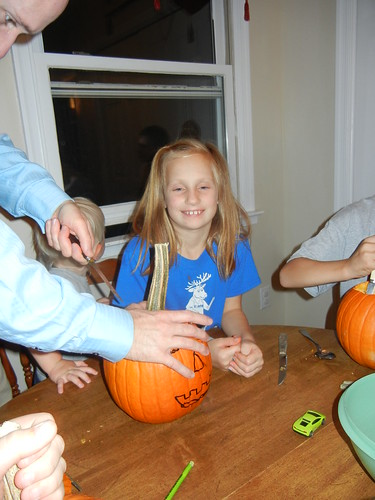Oct 17 2014 Doller pumpkin carving (6)