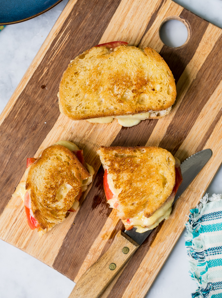 Grilled Cheese Tomato Sandwich www.pineappleandococonut.com