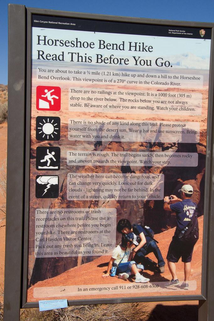 Warning sign at Horseshoe Bend