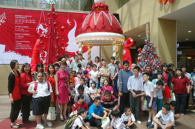 Dataran Pahlwan Melaka Megamall  - whimsical Christmas 2014-001