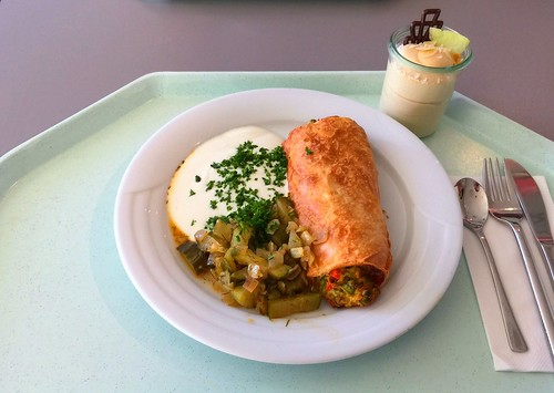 Vegetable strudel with braised cucumbers & herb dip / Gemüsestrudel mit Schmorgurken & Kräuterdip