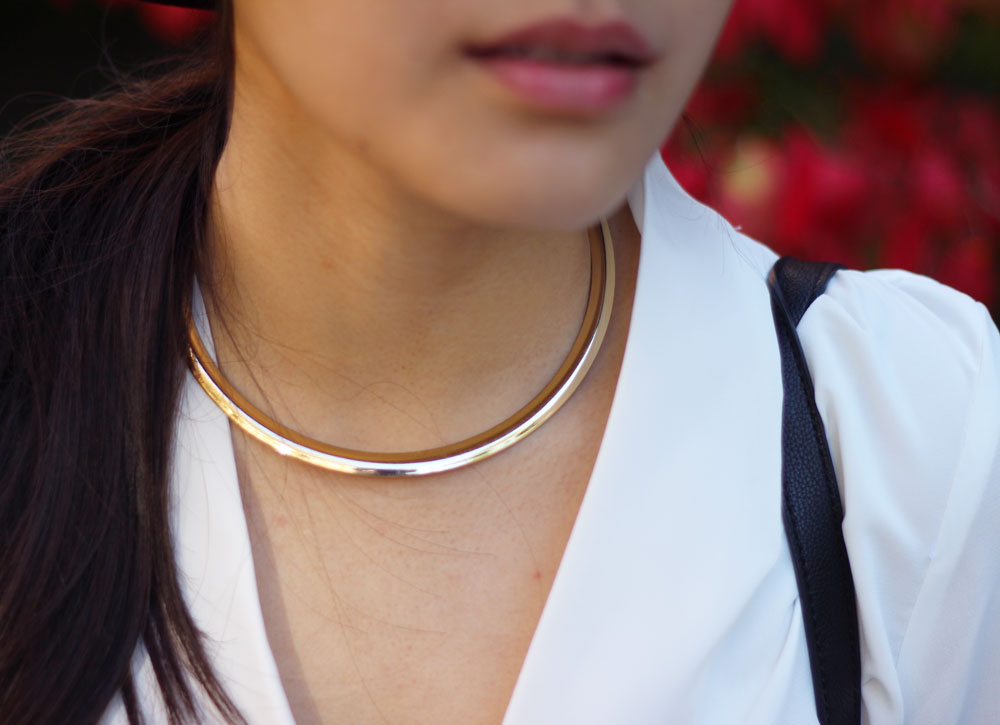 Forever 21 Round gold choker necklace