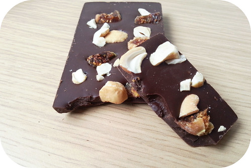 Discover Chocolate Bars : Fig & Cashew