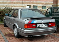 BMW 320iS E30