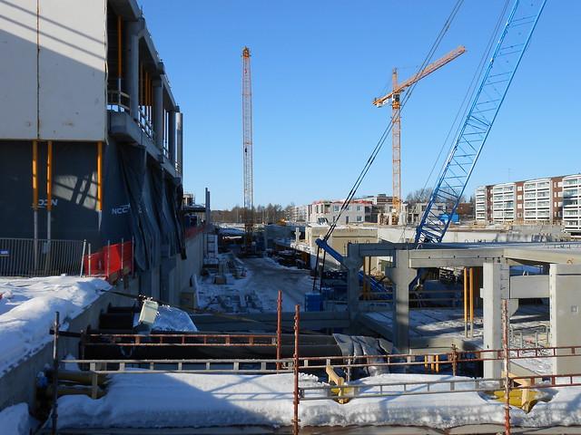 Hämeenlinnan moottoritiekate ja Goodman-kauppakeskus: Työmaatilanne 17.3.2013 - kuva 11