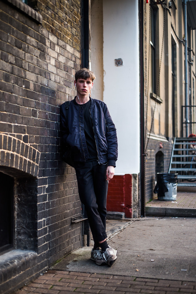 Street Style - Lewis Goodacre, Dray Walk