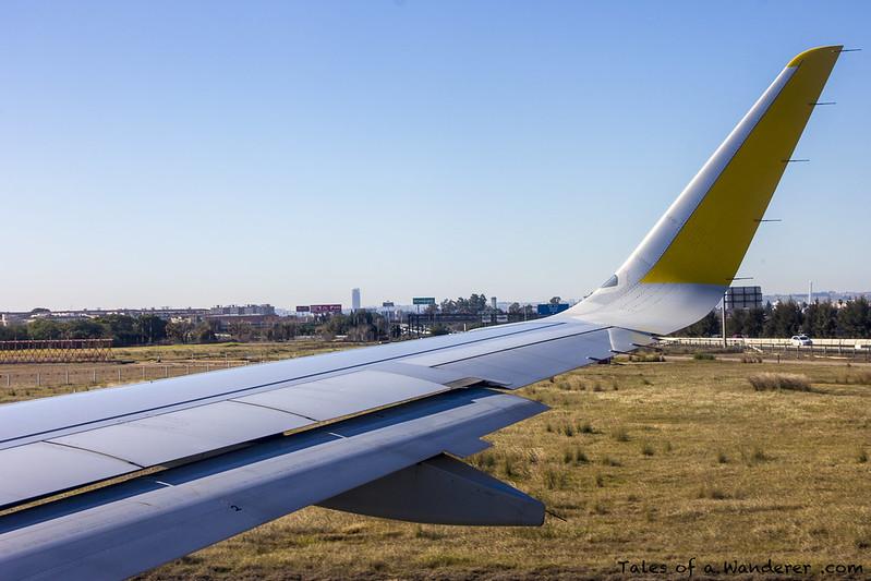 SEVILLA - Aeropuerto de Sevilla-San Pablo / Vueling VY1299 SVQ - LCG