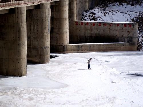區域發電取代電網 留住青藏高原美景