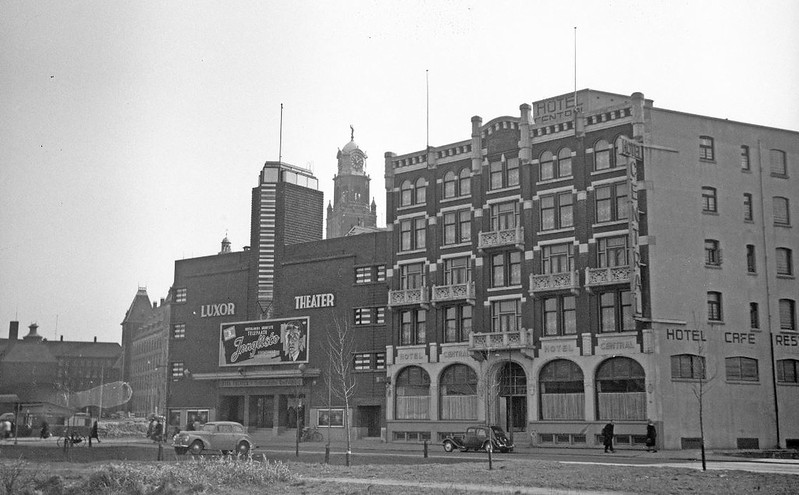 Luxor Theater Kruiskade 1946 -1