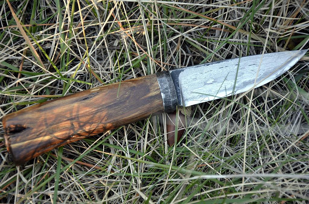 Des traces de couteaux dans les bois 16265119825_ef55ff7f16_b