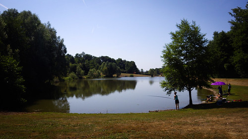 Pond along Le Longevent