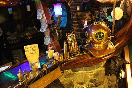 Highwayman Inn Bar Photo