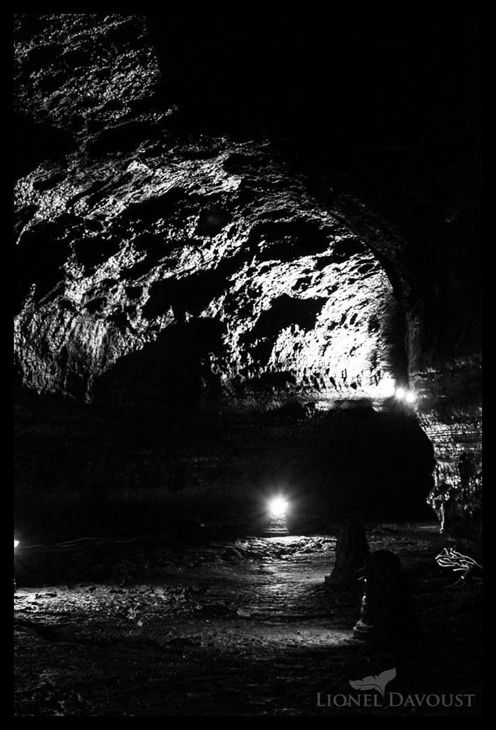 Manjanggul caverns