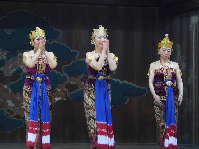 インドネシア舞踊奉納