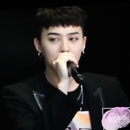 BIGBANG VIP Event Beijing 2016-01-01 GmarlboroD  (5)