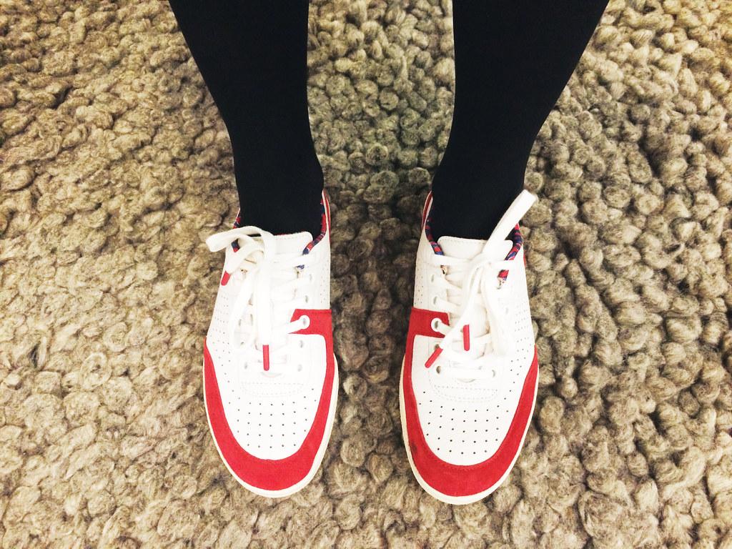 Lacoste L!VE footwear