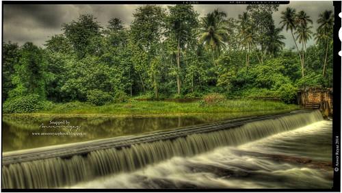 india waterfalls tamilnadu thirparappu marthandam