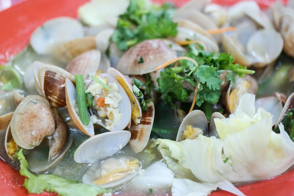 Ban Leong Wah Hoe Seafood's la la clams