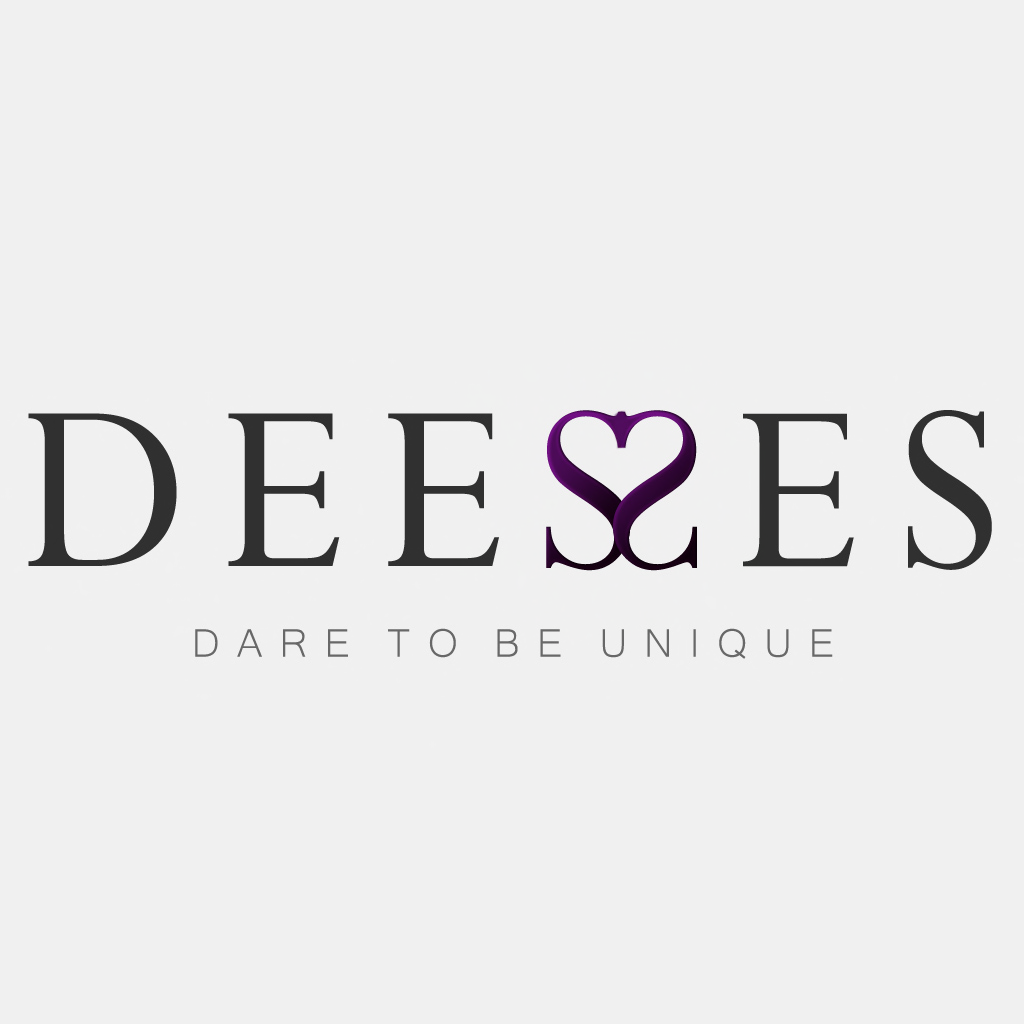 Deesses - square logo - White
