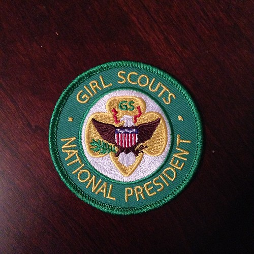 327:365 At our Girl Scout meeting today we had the honor of meeting Dr. Gloria Scott, former Girl Scout President. She gifted the girls her President's patch. #girlscouts #daisy