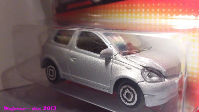 N°254B Toyota Yaris 15780533546_2bf20fe503_z