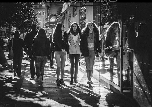 Tres Amigas por Cuzconde