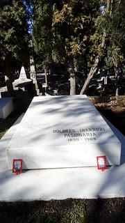 La Pasionaria 의 이미지. madrid de la almudena cementerio laalmudena lapasionaria