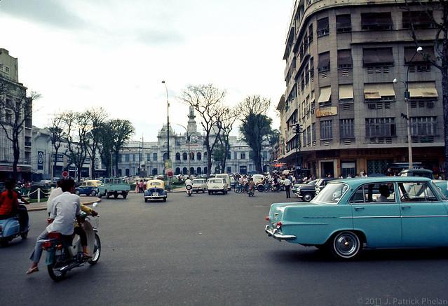 SAIGON 1968 - Công trường Lam Sơn - Photo by J. Patrick Phelan