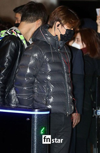 Big Bang - Gimpo Airport - 31dec2015 - fnstar - 01