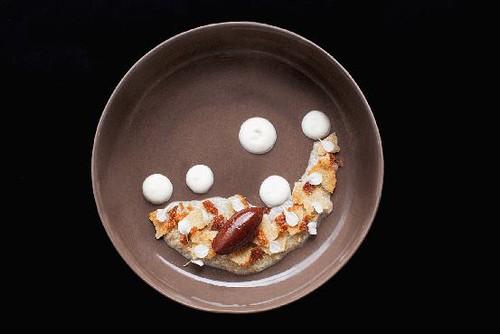 quinua con leche, crocante de quinua y chocolate ganache