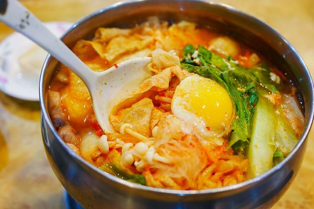 苗栗 頭份–小火鍋配肉燥飯–聞吔香什碗鍋