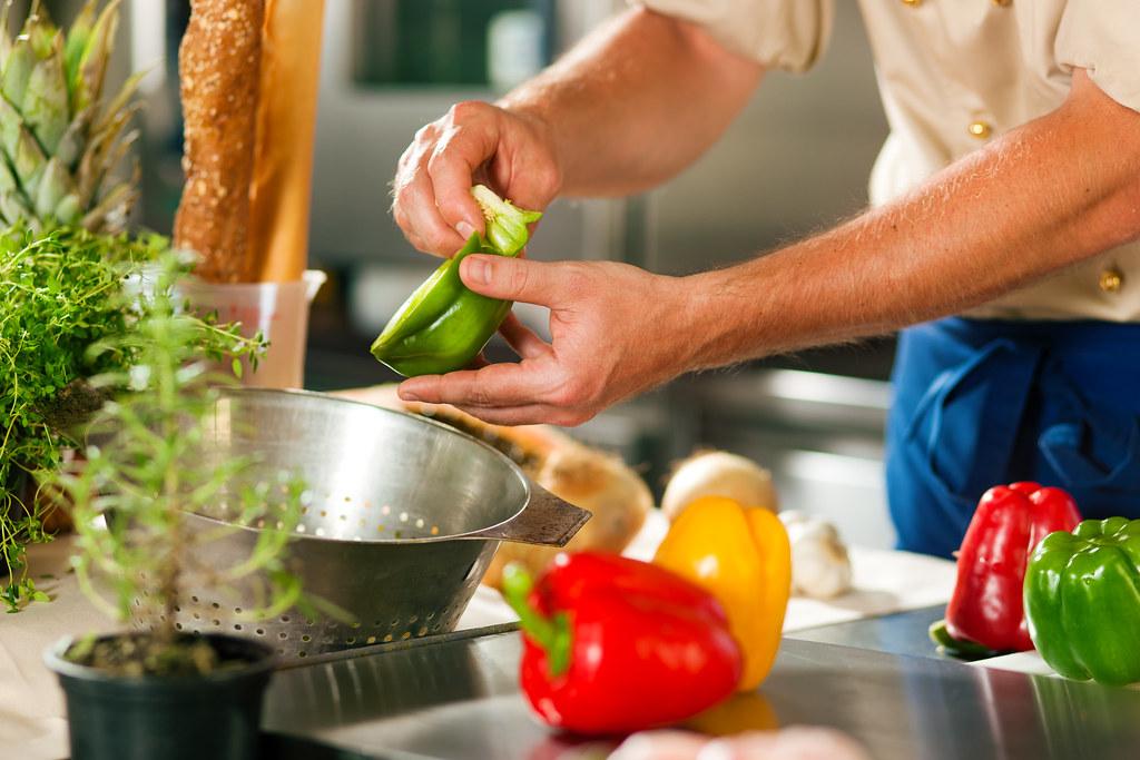 別當冤大頭!美食作家教你辨識餐廳暗藏的十道陷阱