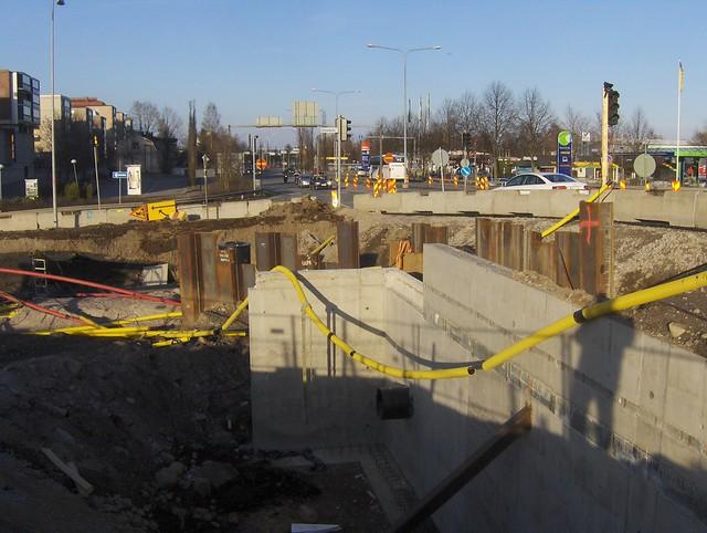 Hämeenlinnan moottoritiekate ja Goodman-kauppakeskus: Työmaatilanne 22.4.2012 - kuva 10