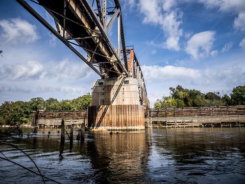 Savannah River from Stokes Bluff with LCU Nov 7, 2014, 4-18 PM Nov 8, 2014, 12-006