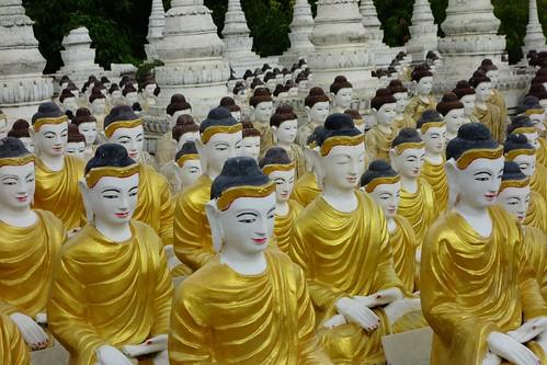 Buddha statues in Monywa, Myanmar