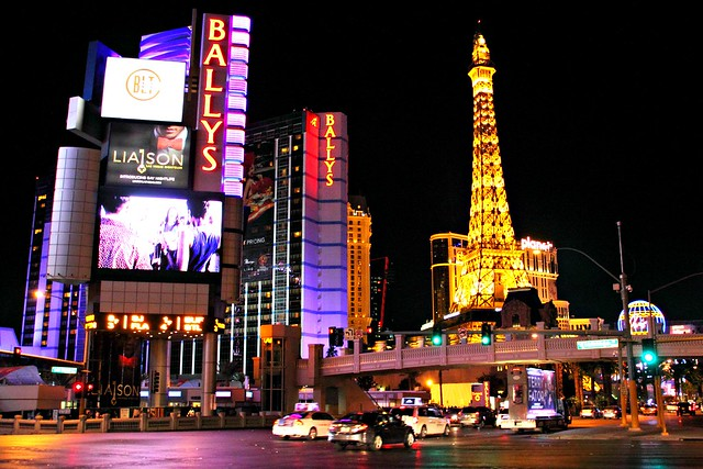 Las Vegas: Ballys, Eiffel Tower, Planet Hollywood