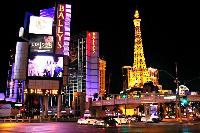 Las Vegas: Ballys, Eiffel Tower, Planet Hollywood