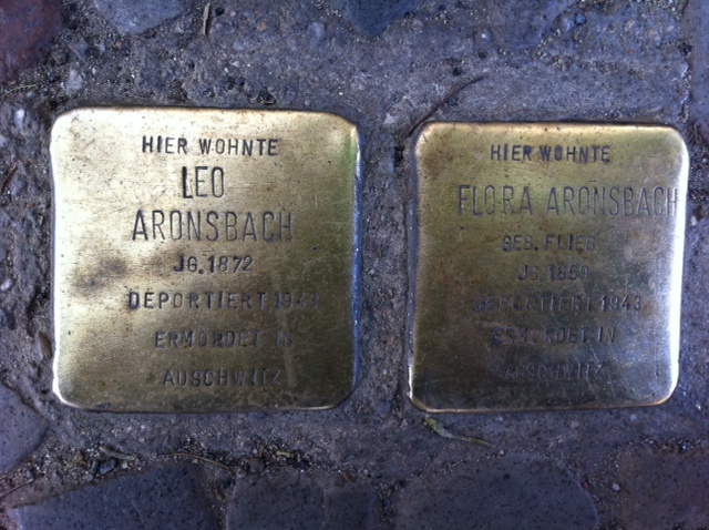 Photo of Leo Aronsbach brass plaque