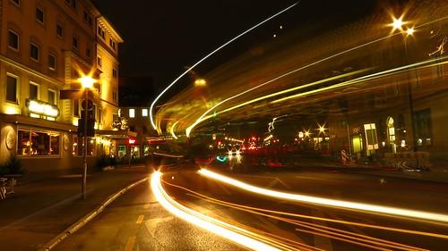 Excellent Hotel Krone (CROWN) und Tü- Bus Lichtspuren (trails). TÜBINGEN at NIGHT. Digital Camera PowerShot SX60 HS IS .