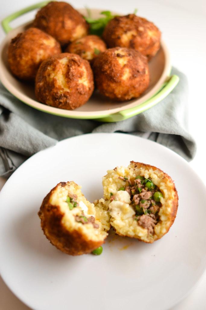 Arancini {Italian Stuffed Rice Balls} 01 / 09 / 15