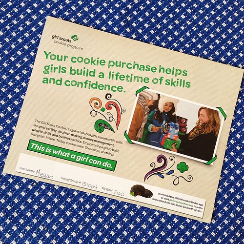10:365 Girl Scout cookie sale starts today. Houston friends: Megan would be happy to help you with your cookie needs 😃 And for those that live afar... you can now order online for direct shipment from the baker. 💚