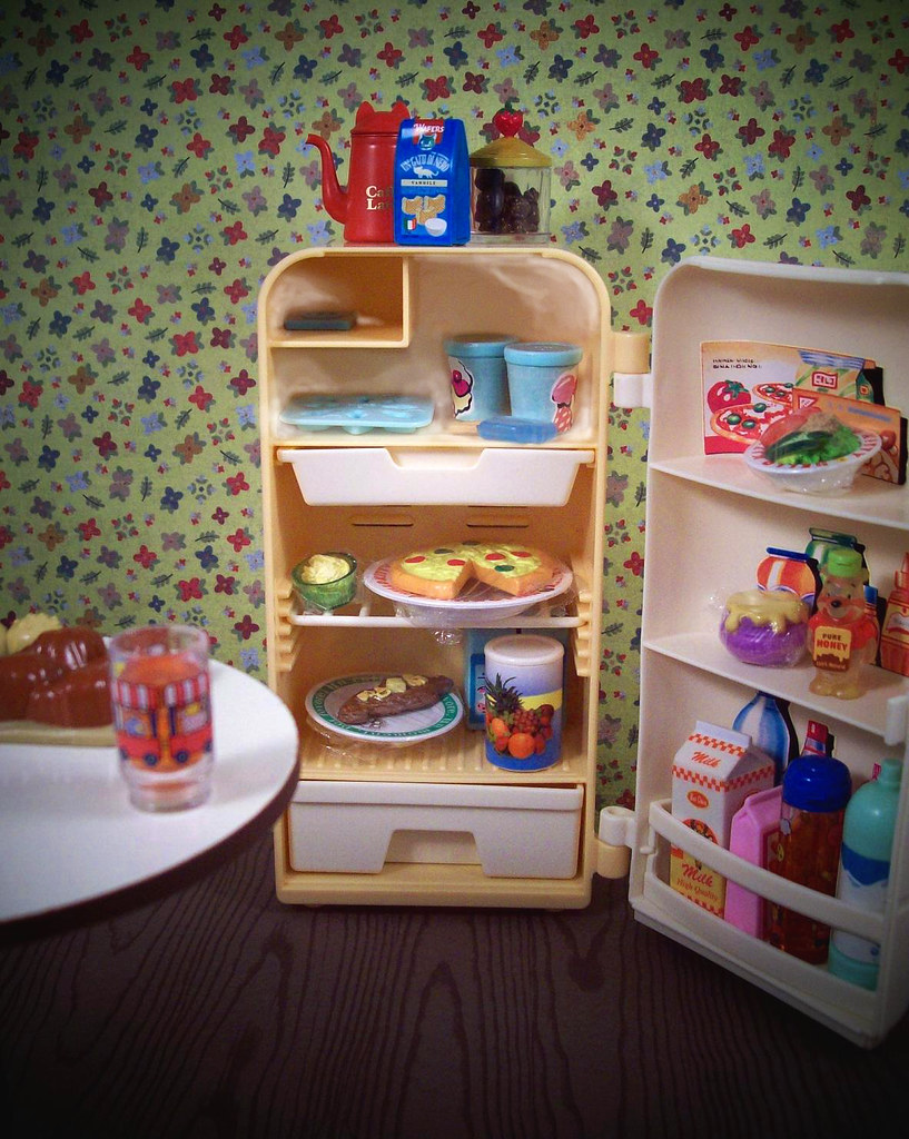 UGH! There is literally NOTHING to eat!