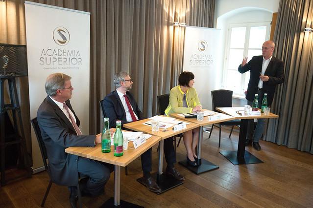 Die Energiewende und ihre standortpolitischen Auswirkungen auf OÖ
