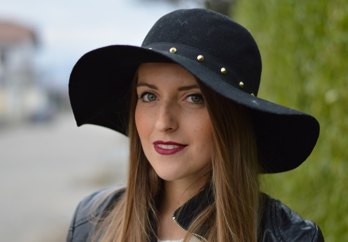 burgundy and hat (11)