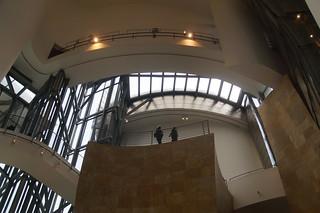 064 Guggenheim binnen