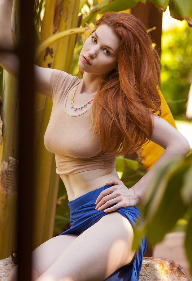 Big tit redhead babe